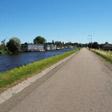 On the way to Broek in Waterland 03