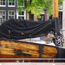 Houseboats 12