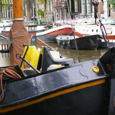 Houseboats 16