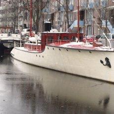Houseboats 04