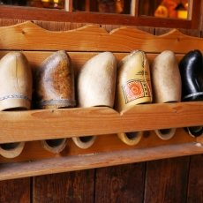 Clogs Factory 03
