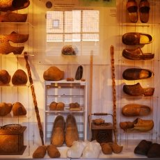 Clogs Factory 09