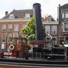Dordrecht harbour 17