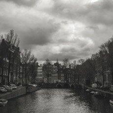 Amsterdam city centre empty 12
