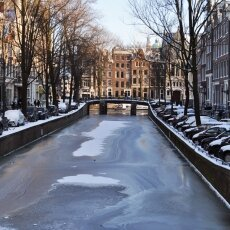 Frozen Canals Amsterdam 15