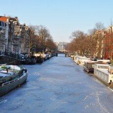 Frozen Canals Amsterdam 18