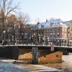 Frozen Canals Amsterdam 19