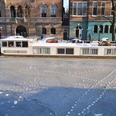 Frozen Canals Amsterdam 20