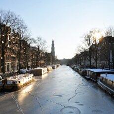 Frozen Canals Amsterdam 21