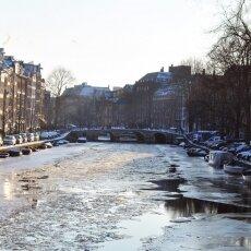 Frozen Canals Amsterdam 24