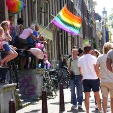Gay Pride - the audience 02