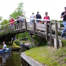 Giethoorn - the tourists 03