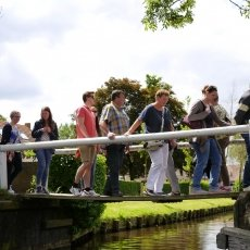 Giethoorn - the tourists 05