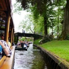 Giethoorn - the tourists 06
