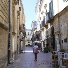 Lecce - a pastel coloured city