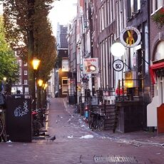 Early morning in the Red Light District 02