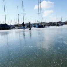 Skating on natural ice in Hoorn 20