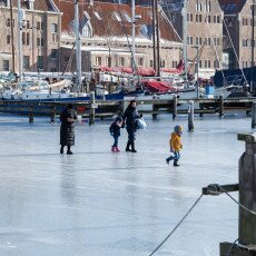 Skating on natural ice in Hoorn 27