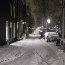 Snowy night in Amsterdam 10