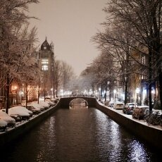Snowy night in Amsterdam 15