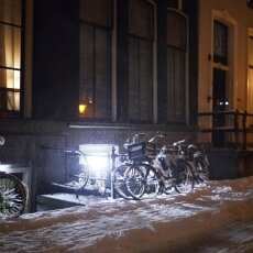 Snowy night in Amsterdam 18