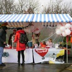 Sunday Market 09