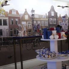 True Blue Delft 08