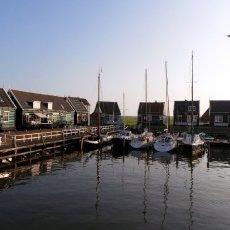Marken port