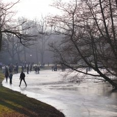Frozen lakes Vondelpark 13