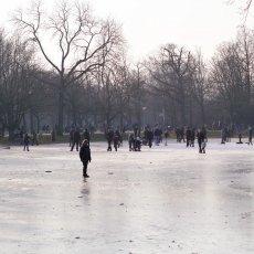 Frozen lakes Vondelpark 14