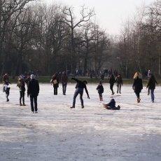 Frozen lakes Vondelpark 17