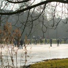 Frozen lakes Vondelpark 28