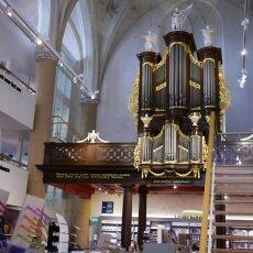 Waanders In de Broeren Bookstore 05