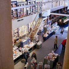Waanders In de Broeren Bookstore 19
