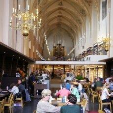 Waanders In de Broeren Bookstore 16