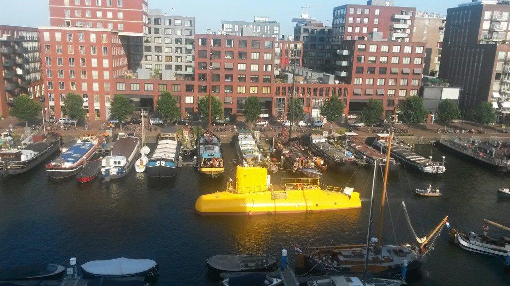 Yellow Submarine 01