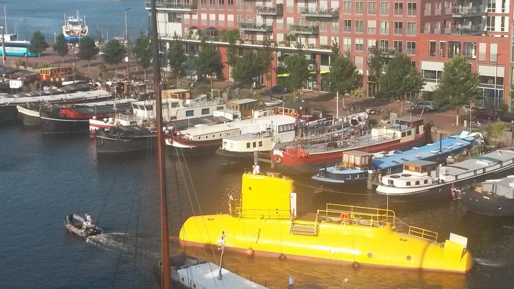 Yellow Submarine 02