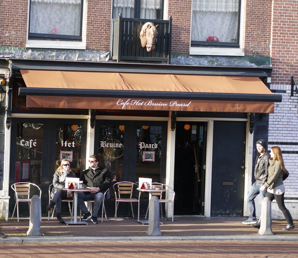 Outdoor cafés 03