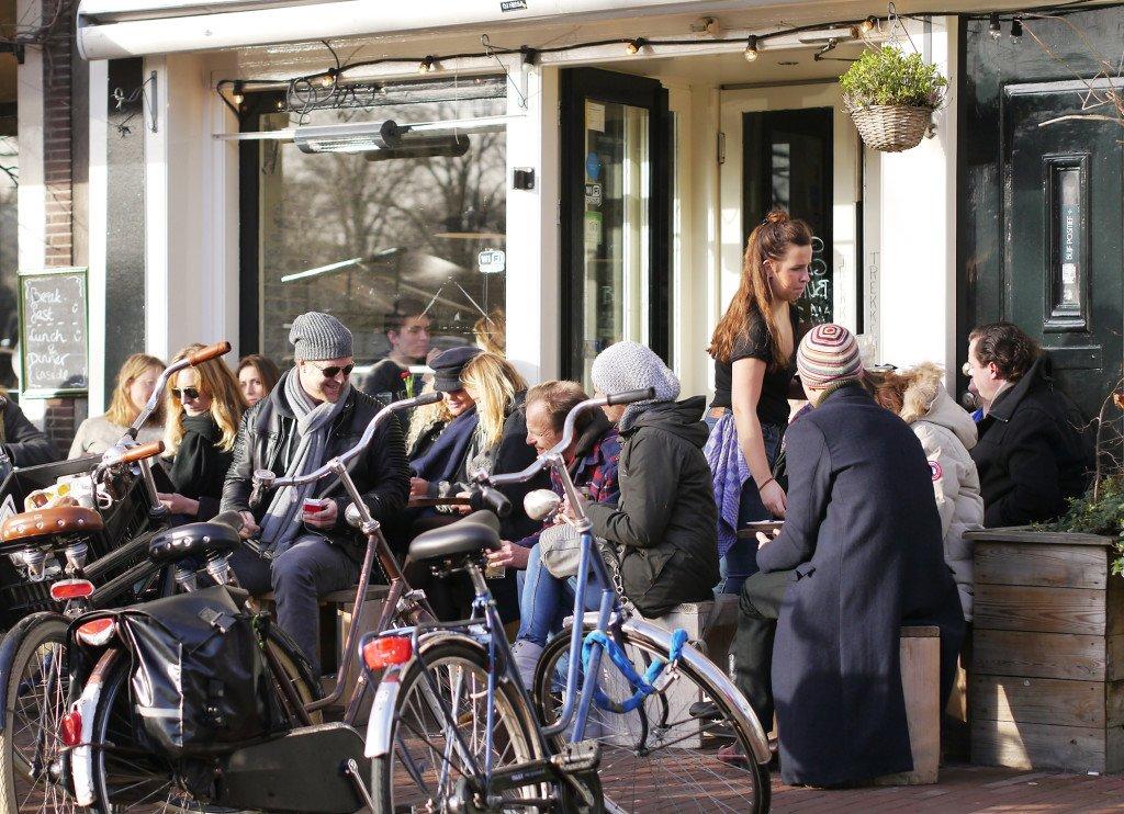 Outdoor cafés 07