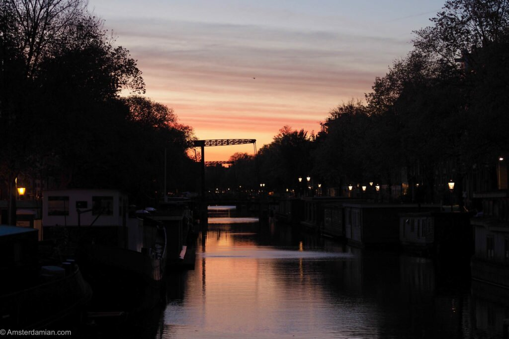 Brouwersgracht at sunrise