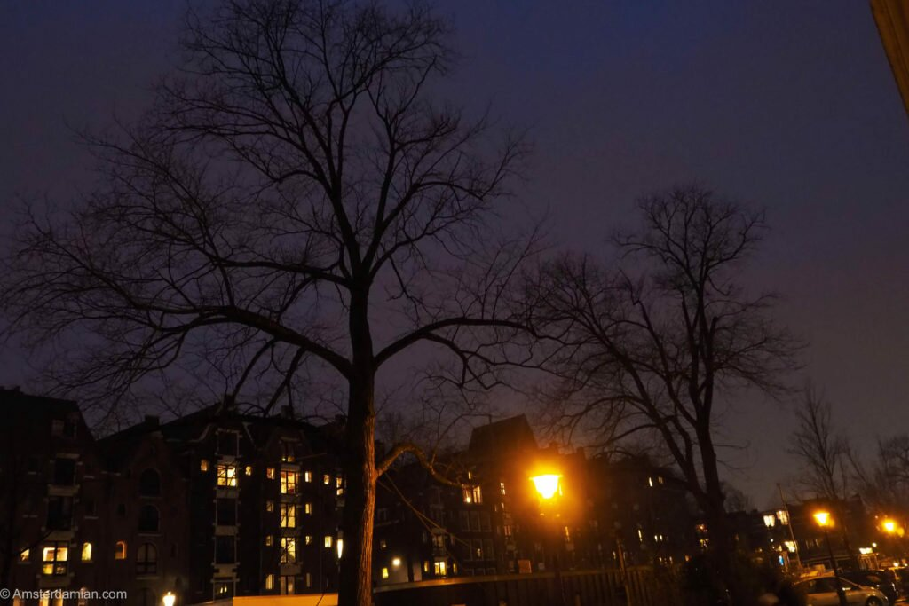 Rainy night in Amsterdam 10