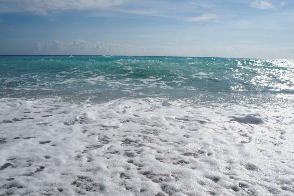 Menton beach 01