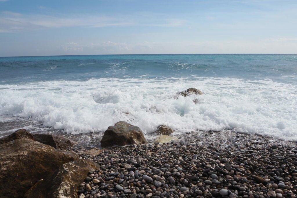 Menton beach 04