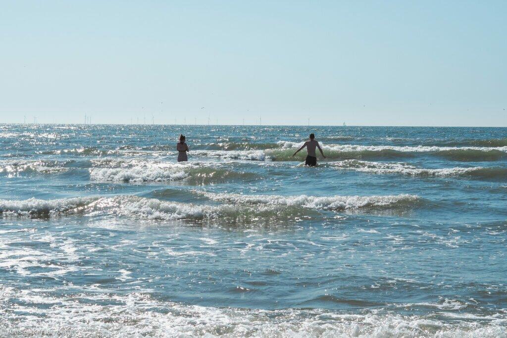Swimming in the North Sea 01
