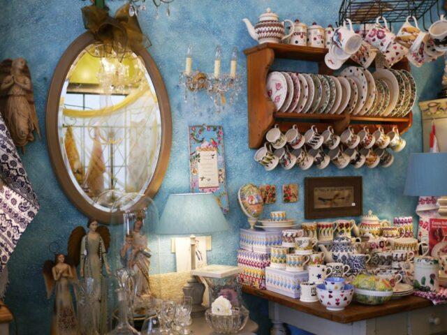 A cosy shop on Haarlemmerdijk