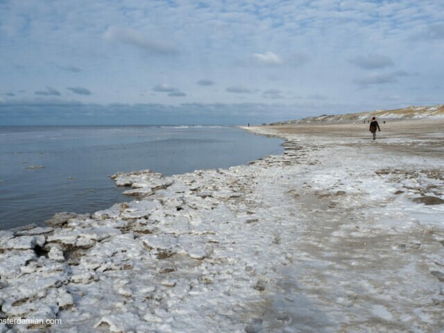 Unusual views: snow on the beach, or how to spend winter at the seaside