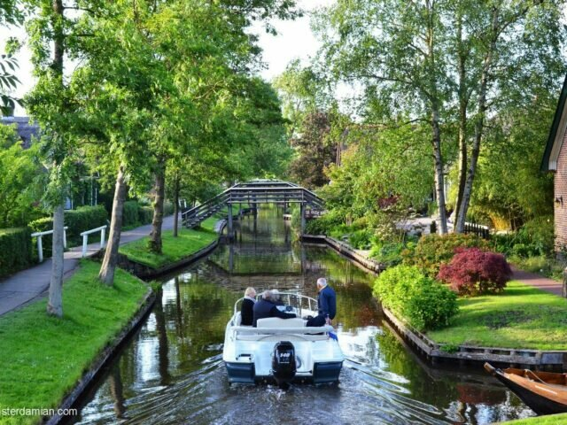 A magical place: Giethoorn, the village with no roads