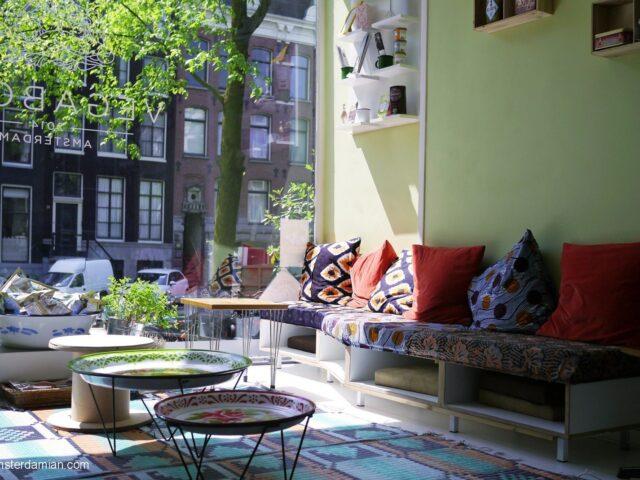 Vegan eating in Amsterdam: Vegabond