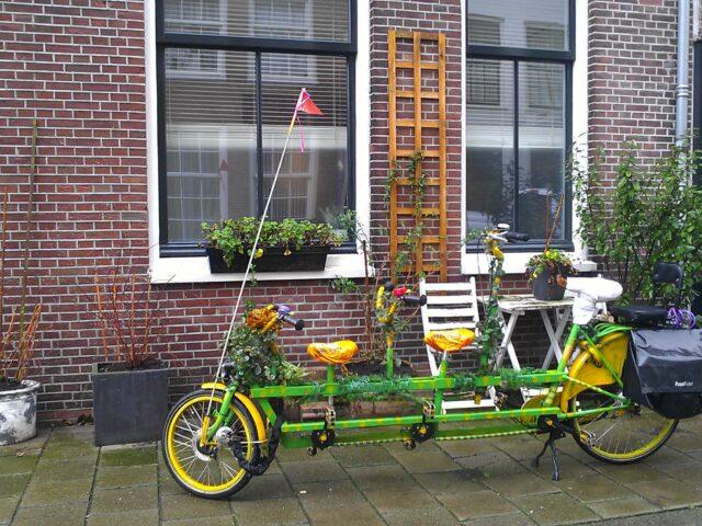 Super tandem bike